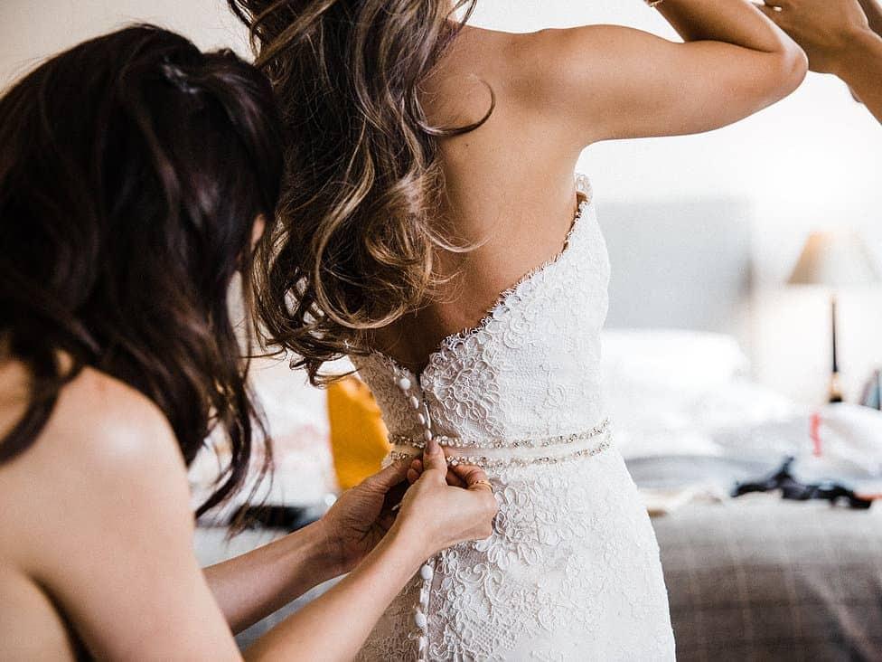 Kirstin & Simon wedding bride dressing