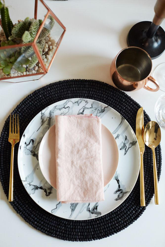 marble wedding trend place setting styling
