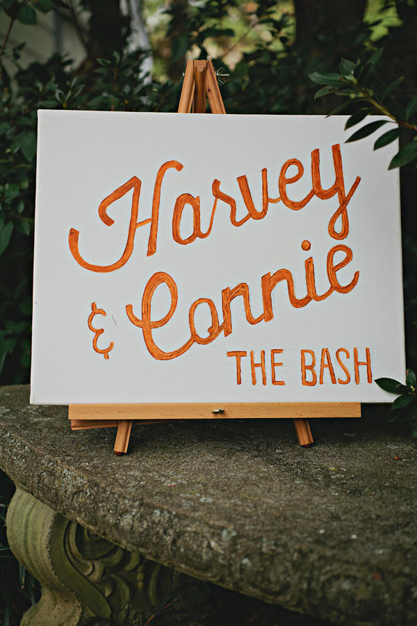 retro urban wedding signage styling