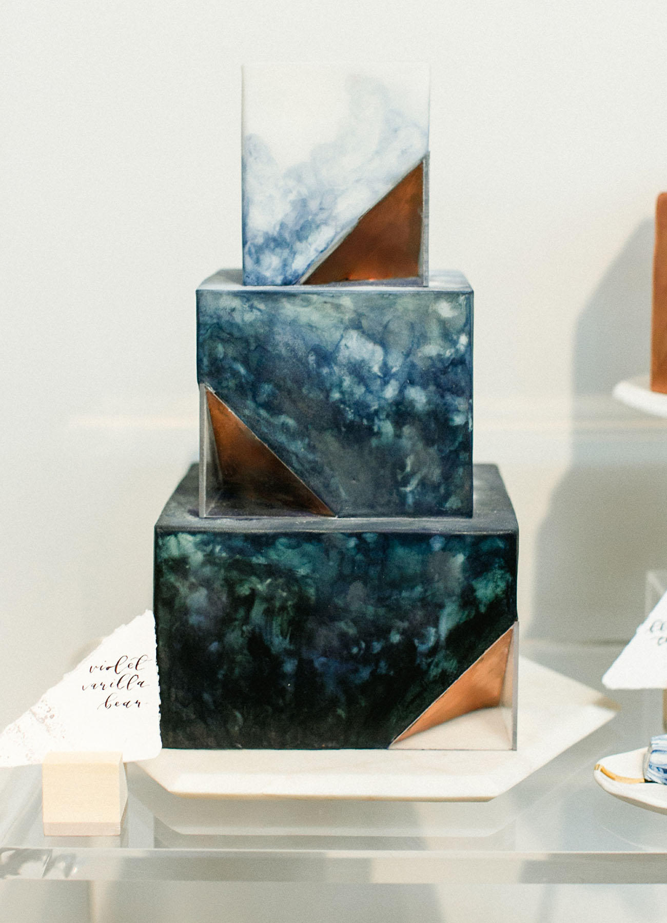 celestial wedding ideas wedding cake display