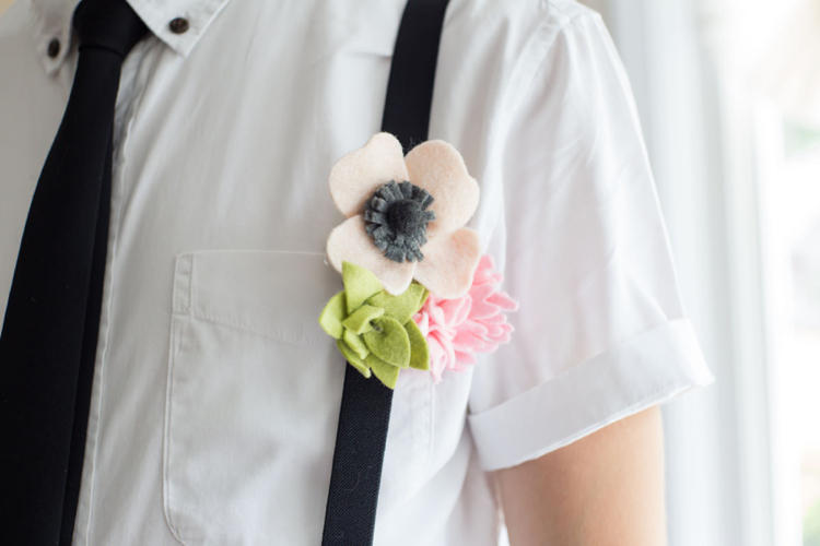monochrome wedding felt flowers