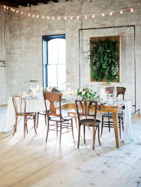 Vintage Chic Urban Wedding Styling