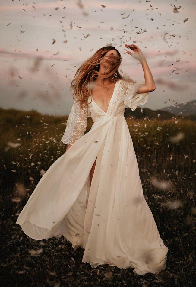 Fashion trends wrap around wedding dress