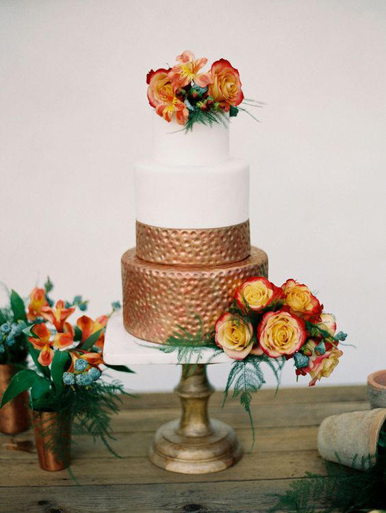 retro urban wedding copper cake styling