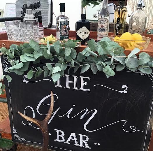 urban wedding gin bar