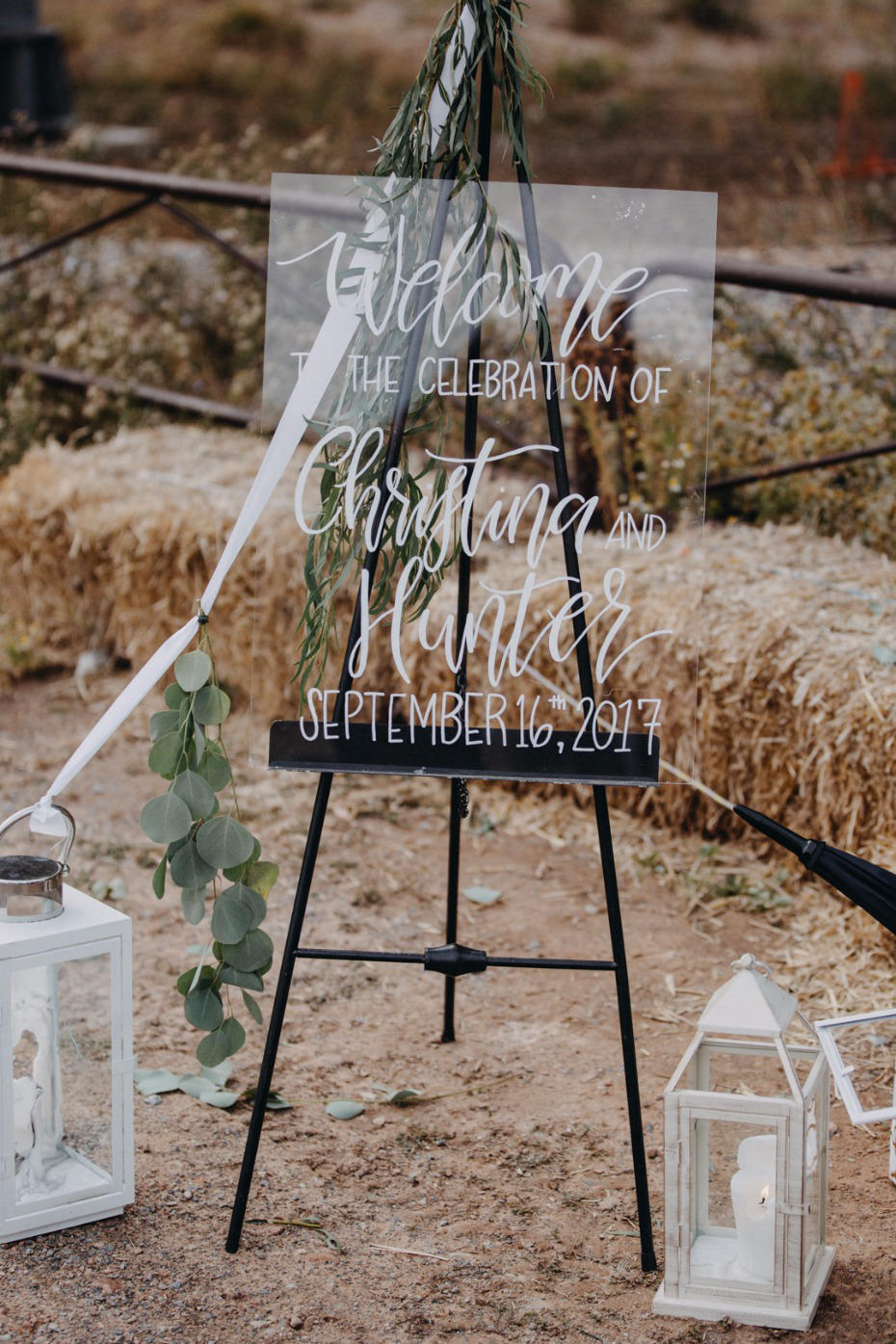 Why We're Loving Acrylic Wedding Details