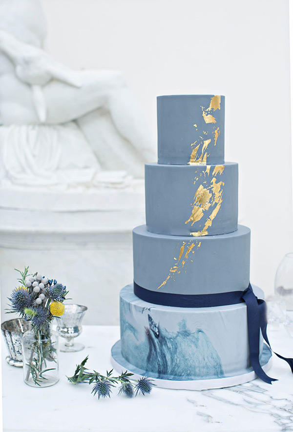 marble trend grey and gold 4 tier wedding cake