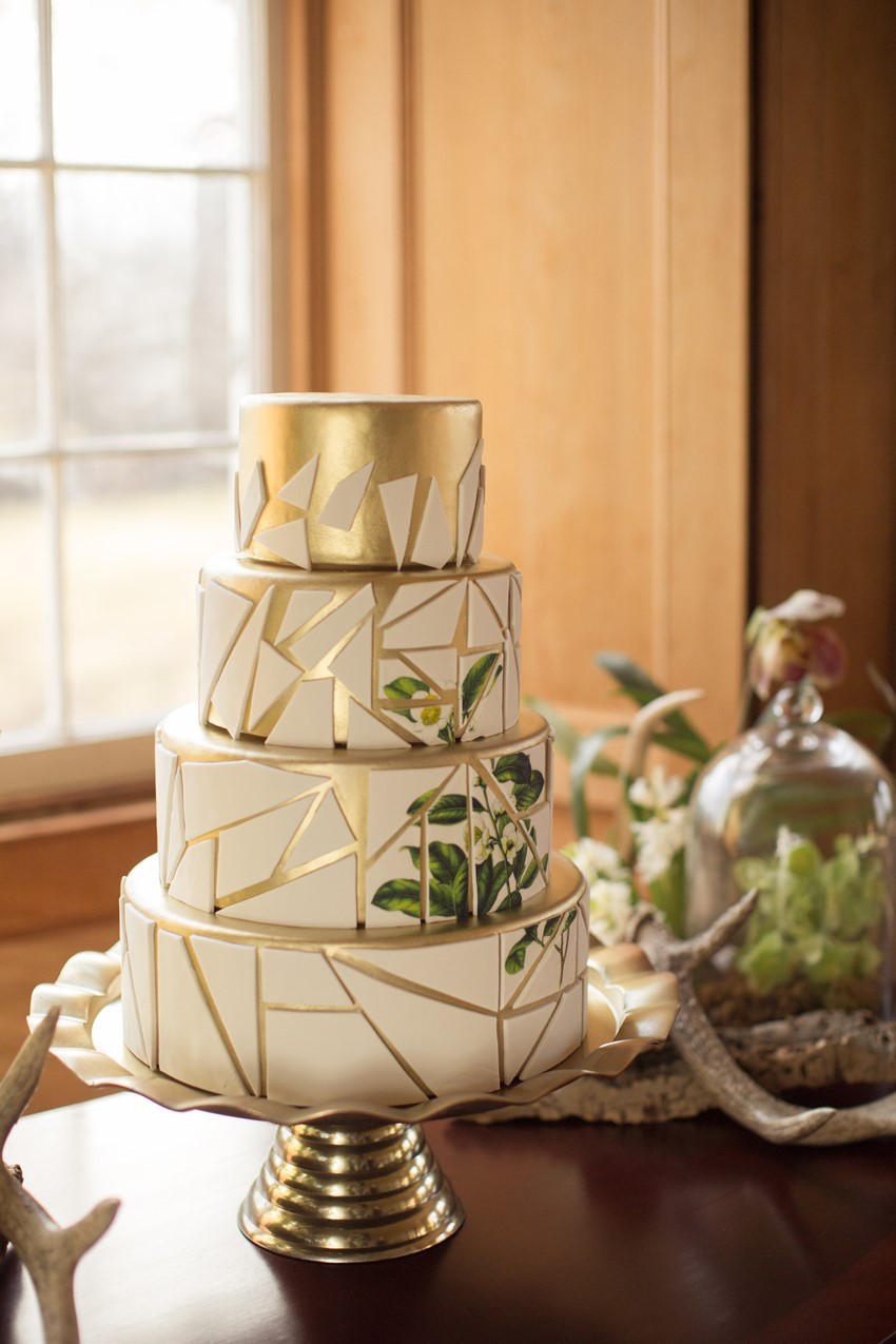 gold and ivory geometric mosaic wedding cake
