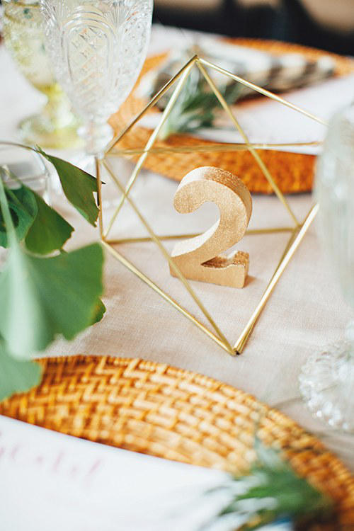 winter wedding gold table styling idea