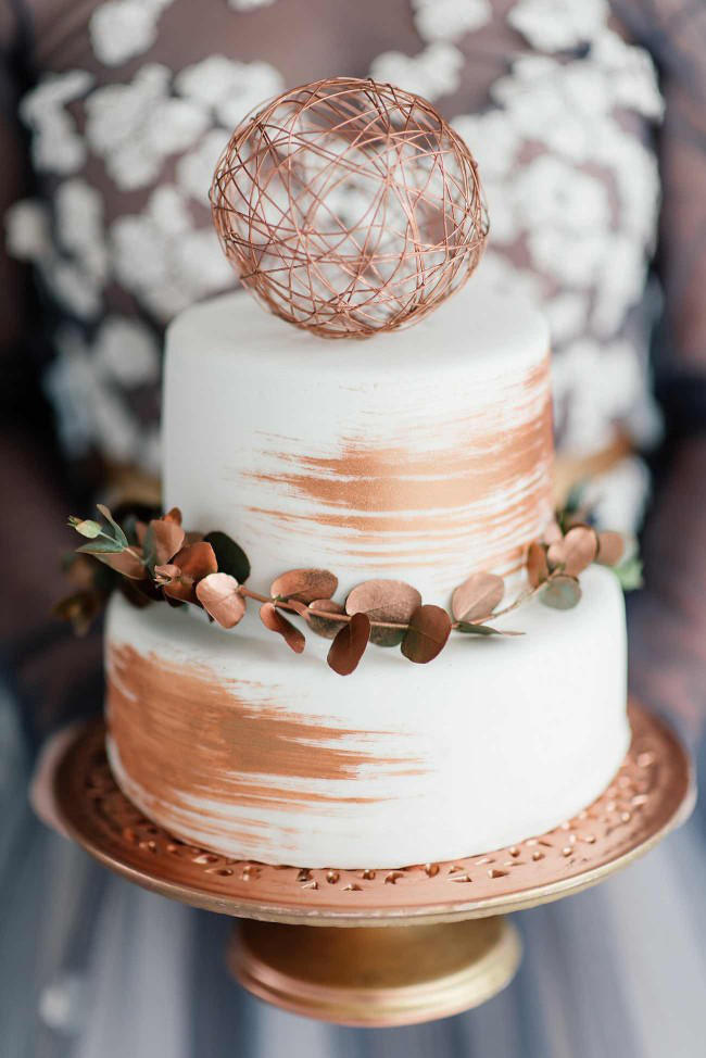 copper trend wedding cake