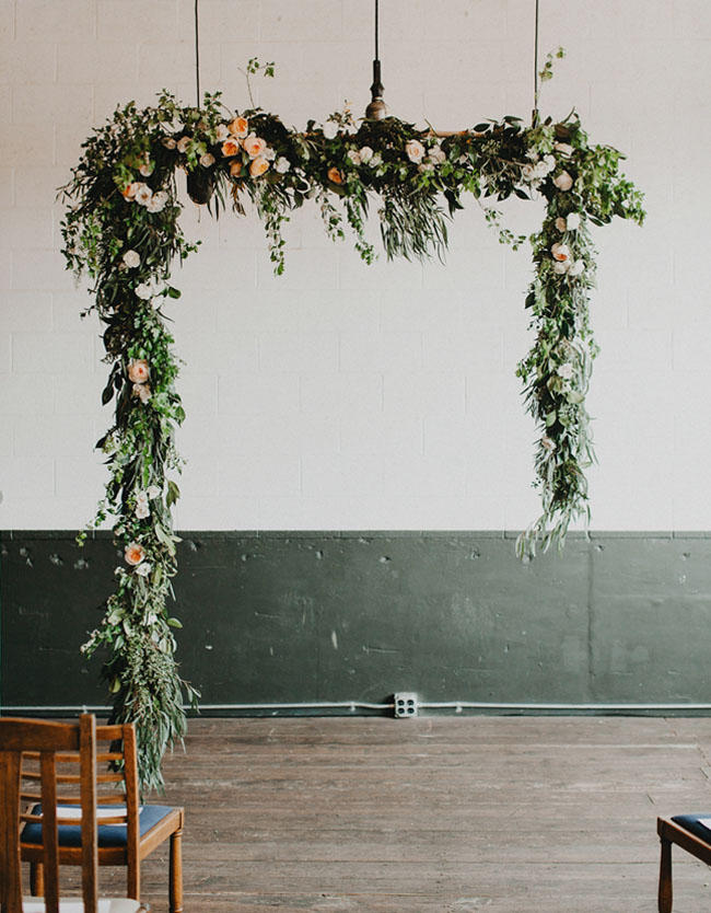 13 stylish wedding ceremony backdrops