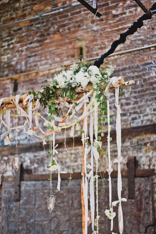winter wedding floristry idea