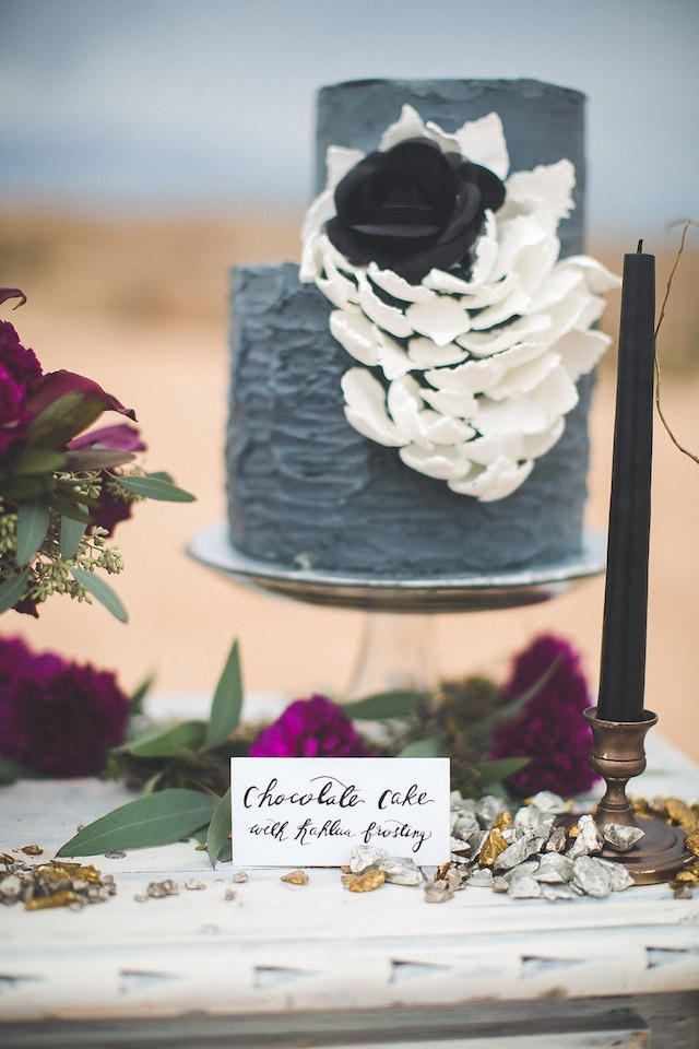 chic grey wedding cake